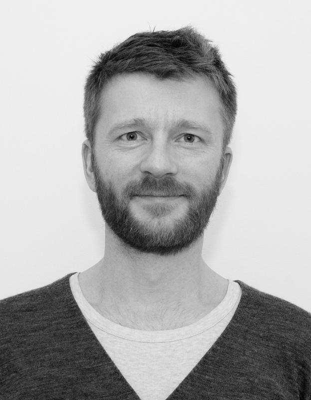 <b>Janus Engstrøm</b>